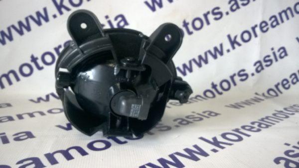 Фара противотуманная Kia Sorento (правая) 2006- 922023E500