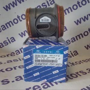 Датчик массового расхода воздуха (расходомер) Hyundai Santa Fe New 281643C100