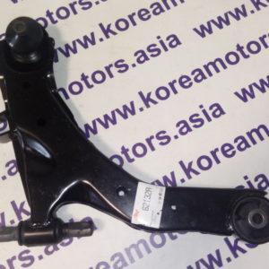 Рычаг передней подвески нижний Hyundai Matrix (правый) 5450117000