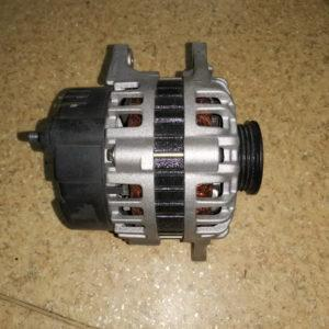Генератор Hyundai Accent Old, Tiburon, Lantra Old 1,8 Dohc 3730022200