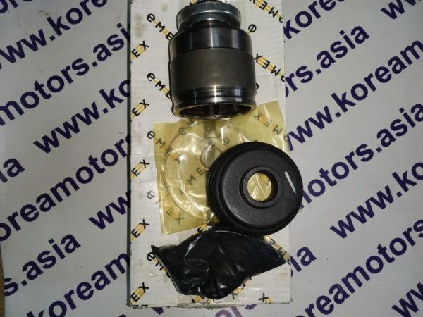 Шрус привода внутренний Kia Sorento (правый) 145л.с. 495923E210